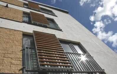 Architectural steel screens on Miller Homes flats in Edinburgh by Blake Group